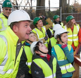 Site Manager Chris Wylde with pupils from Park View Primary School_